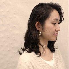 ミディアム 大人女子 重軽 ゆるふわ ヘアスタイルや髪型の写真・画像