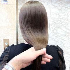 透明感カラー ナチュラル シアーベージュ 大人可愛い ヘアスタイルや髪型の写真・画像