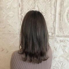 スライシングハイライト ロング フェミニン 大人ハイライト ヘアスタイルや髪型の写真・画像