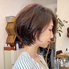 アッシュベージュ ナチュラル ショート ショートヘア ヘアスタイルや髪型の写真・画像