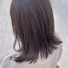ミディアム ミルクティーベージュ 3Dハイライト ナチュラル ヘアスタイルや髪型の写真・画像