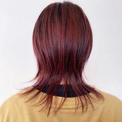 ベリーピンク ブリーチオンカラー ラベンダーピンク ミディアム ヘアスタイルや髪型の写真・画像