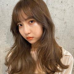 フェミニン ロング 韓国風ヘアー レイヤースタイル ヘアスタイルや髪型の写真・画像