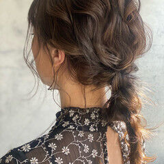 エレガント ヘアアレンジ セミロング 編みおろしヘア ヘアスタイルや髪型の写真・画像