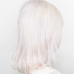 ハイトーンカラー ホワイト ロング 派手髪 ヘアスタイルや髪型の写真・画像