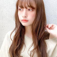 レイヤースタイル 横顔美人 ゆるふわパーマ 大人可愛い ヘアスタイルや髪型の写真・画像