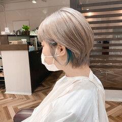 ショートヘア ハイトーンカラー インナーカラー ショート ヘアスタイルや髪型の写真・画像
