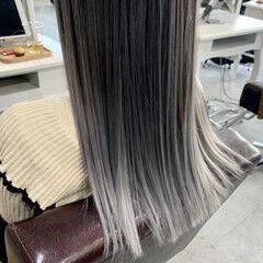 エアータッチ ホワイトグレージュ セミロング バレイヤージュ ヘアスタイルや髪型の写真・画像