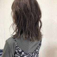 切りっぱなしボブ フェミニン ミディアム 3Dハイライト ヘアスタイルや髪型の写真・画像