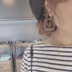 簡単ヘアアレンジ セミロング お団子 帽子アレンジ ヘアスタイルや髪型の写真・画像