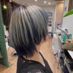 インナーブルー ショート ストリート インナーカラー ヘアスタイルや髪型の写真・画像