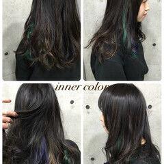レッド ガーリー ピンク インナーカラー ヘアスタイルや髪型の写真・画像