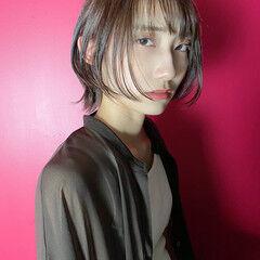 ボブウルフ ボブ ウルフカット シースルーバング ヘアスタイルや髪型の写真・画像
