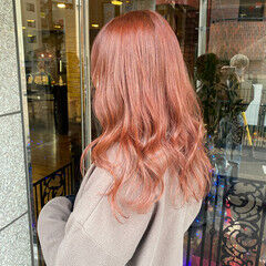 ロング カシスレッド レッドカラー レッド ヘアスタイルや髪型の写真・画像