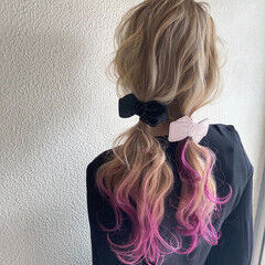 ストリート ツインテール インナーカラー ポニーテール ヘアスタイルや髪型の写真・画像
