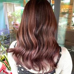 セミロング ガーリー エアータッチ ピンクパープル ヘアスタイルや髪型の写真・画像