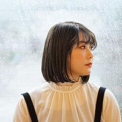ワンレングス 春スタイル オリーブベージュ 春ヘア ヘアスタイルや髪型の写真・画像