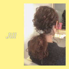 ローポニーテール ショート ポニーテール 簡単ヘアアレンジ ヘアスタイルや髪型の写真・画像