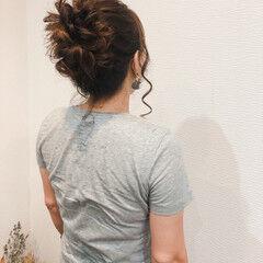 フェミニン アップスタイル セミロング お団子 ヘアスタイルや髪型の写真・画像