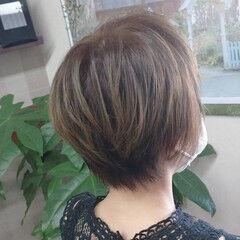 ショート アッシュグラデーション アッシュグレー ベージュ ヘアスタイルや髪型の写真・画像