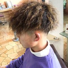 ツーブロック ストリート メンズカラー ショート ヘアスタイルや髪型の写真・画像