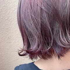ピンクカラー アンニュイほつれヘア ナチュラル 大人ハイライト ヘアスタイルや髪型の写真・画像