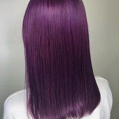 ピンクパープル ミディアム 切りっぱなしボブ ダブルカラー ヘアスタイルや髪型の写真・画像