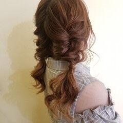 ふわふわヘアアレンジ ロング 涼しげアレンジ ガーリー ヘアスタイルや髪型の写真・画像
