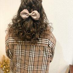 ヘアセット フェミニン 編み込み ヘアアレンジ ヘアスタイルや髪型の写真・画像