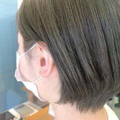 オリーブベージュ オリーブカラー ナチュラル オリーブグレージュ ヘアスタイルや髪型の写真・画像
