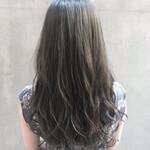 透明感カラー ロング ナチュラル アンニュイほつれヘア