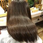 ナチュラル ロング 髪質改善トリートメント 美髪