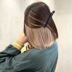 アッシュベージュ ミニボブ ホワイトベージュ ナチュラル ヘアスタイルや髪型の写真・画像