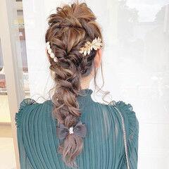 ナチュラル 編みおろしヘア 編みおろし ヘアアレンジ ヘアスタイルや髪型の写真・画像