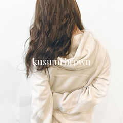 ダークトーン 地毛風カラー セミロング ナチュラル ヘアスタイルや髪型の写真・画像