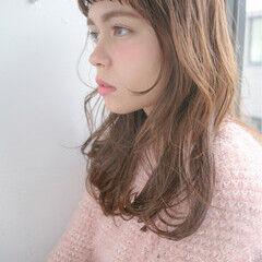 ロング こなれ感 ミルクティー ショートバング ヘアスタイルや髪型の写真・画像