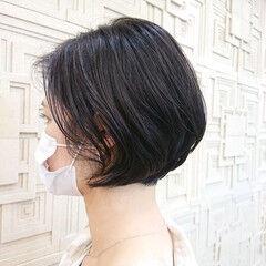 ショートボブ エレガント ミニボブ インナーカラー ヘアスタイルや髪型の写真・画像