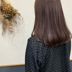 セミロング インナーラベンダー ラベンダーカラー ラベンダーグレー ヘアスタイルや髪型の写真・画像