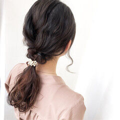 ロング アンニュイほつれヘア ヘアアレンジ フェミニン ヘアスタイルや髪型の写真・画像