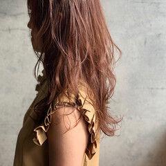 レイヤー ピンクアッシュ ロング レイヤーカット ヘアスタイルや髪型の写真・画像