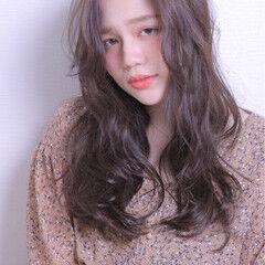 ガーリー 斜め前髪 色気 寝癖 ヘアスタイルや髪型の写真・画像