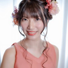 お団子アレンジ ツインテール 結婚式ヘアアレンジ ガーリー ヘアスタイルや髪型の写真・画像