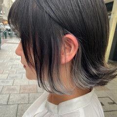 アッシュグレージュ ボブ ブリーチカラー ナチュラル ヘアスタイルや髪型の写真・画像