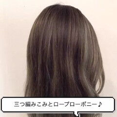 セミロング 大人女子 ロープ編み ヘアアレンジ ヘアスタイルや髪型の写真・画像