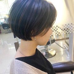 ショートヘア 大人カジュアル 丸みショート ナチュラル ヘアスタイルや髪型の写真・画像