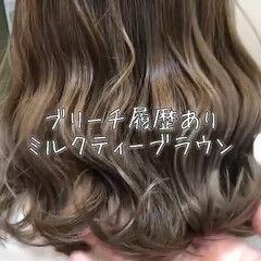 ミディアム フェミニン 外国人風カラー グラデーションカラー ヘアスタイルや髪型の写真・画像