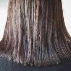 暖色系グレージュ セミロング グレージュ ナチュラル ヘアスタイルや髪型の写真・画像
