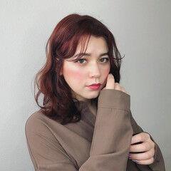 ミディアム アディクシーカラー ナチュラル トレンド ヘアスタイルや髪型の写真・画像