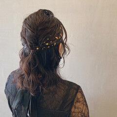 ヘアアレンジ フェミニン ミディアム ウェットヘア ヘアスタイルや髪型の写真・画像