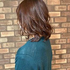 ミディアム トワイライト イルミナカラー ダークトーン ヘアスタイルや髪型の写真・画像